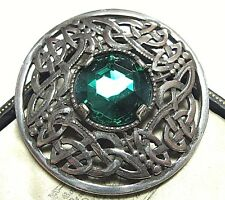 VINTAGE DESIGN SIGNED MIRACLE CELTIC KNOT INFINITY EMERALD GLASS BROOCH KILT PIN