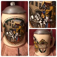 Vintage Collectible 1/2 .5 Liter Lidded German Beer Mug Stage Coach City Scene