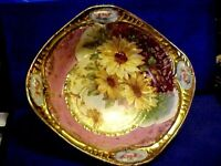 Vintage GORGEOUS HEAVY GOLD DAISY FLORAL BOWL
