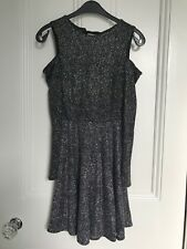 Topshop long sleeved dress with sparkles and ribbon fastening at back- Size 6