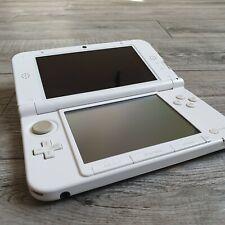 Nintendo 3DS XL bianca + alimentatore