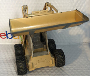Ertl Skid Steer Die Cast Skid Steer 450 Model Broken Cage See Desc And Photos