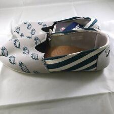 NFL Football Team Logo Stripe Womens Slip On Canvas Shoes - Philadelphia Eagles