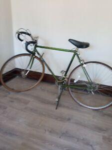 Vintage Raleigh Grand Prix Original Road Bike 10 Speed Bicycle Original Green