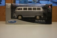 WELLY 1962 VOLKSWAGEN MICRO BUS  (SCALE: 1:25) Mint Condition T8