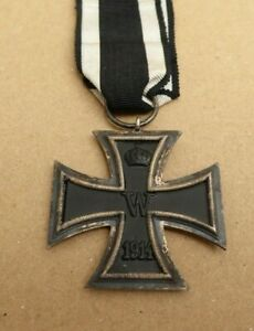 WW1 1914-1919 GERMAN ARMY IRON CROSS MEDAL 2ND CLASS SUPER EXAMPLE WITH RIBBON