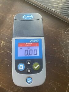 Hach DR300 Pocket Colorimeter Chlorine And Ph