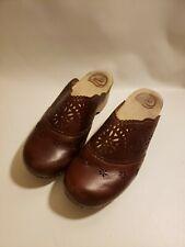 Dansko Brown Eyelet Leather Uppers Insoles Faux Wood Heel Size 39