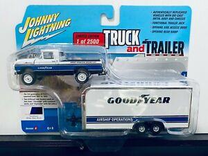 1/64 JOHNNY LIGHTNING TRUCK & TRAILER 1959 FORD F-250 PICKUP & CAR TRAILER BLUE