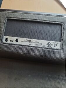 Bose SoundLink Wireless Mobile Speaker - Black