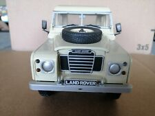 1:18 Universal Hobbies Eagle Collectibles Land Rover Pick Up In Creme  No Box