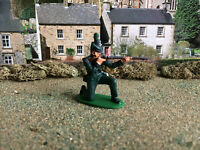 Napoleonic Airfix British 95th rifles kneeling firing 1:32 painted
