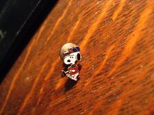 Snoopy Golfer Tie Tack - Vintage Peanuts Golf Club Comic Strip Golfing Lapel Pin