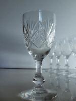 Lot 1 Verre à vin cuit en cristal de Saint Louis modèle Massenet 13 cm