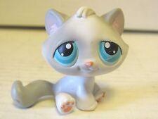 2005 Littlest Pet Shop Sitting Grey Gray White Tabby Cat #53 Cute Blue Eyes LPS