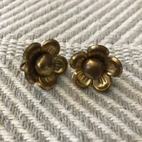 Vintage Metal Screw Back Flower Clip On Earrings Gold Tone Brass EUC