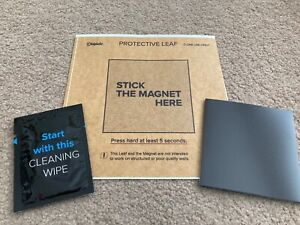 Displate Wall Mounting Kit, Complete with Magnet, Protective Leaf & Cleaning Pad