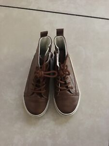 Koala Kids Brown Boots Lace Up Size 10 with zipper side closure