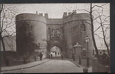 London Postcard - The Middle Tower, Tower of London  RS2556