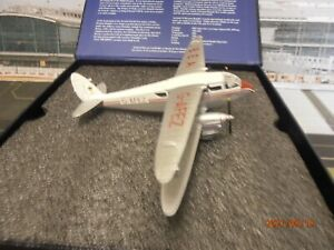 OXFORD 1:72 SCALE 72DR001 D.H.89 DRAGON RAPIDE BEA AIRWAYS NO BOX SLEEVE