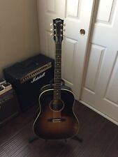 Gibson J45 Acoustic Guitar (no-pickup)