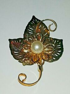 Vintage HUGE layered floral leaf faux pearl Gold tone Large Flower Brooch Pin