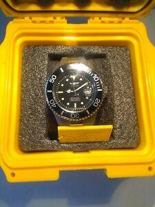 Invicta Men's 0420 Pro Diver Automatic Black Dial Titanium Watch with Dive Case
