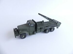 DINKY SUPERTOYS FRANCE 884 CAMION MILITAIRE BROCKWAY ECH 1/43