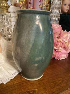 Ben Owen Spiral Vase Swirl 8 3/4 Inch green 2000 great condition