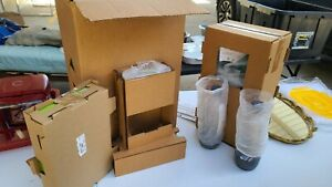 SodaStream Genesis Soda Maker - Green - Includes Extras!!! Reusable Canisters