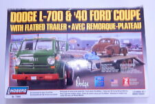 Lindberg Dodge L-700 & '40 Ford Coupe Flatbed Trailer 1:25 Scale Model Kit  R128