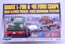 Lindberg Dodge L-700 & '40 Ford Coupe Flatbed Trailer 1:25 Scale Model Kit R128