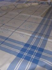 Alte Tischdecke mit eingewebten Muster blau/weiß ca. 120 x 120 cm
