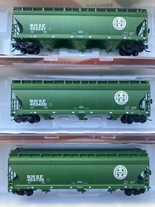 N Scale InterMountain ACF 4650 CF 3-Bay Hopper BNSF Runner Pack Burlington Santa
