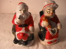 Vintage Set of 2 Ceramic Christmas Santa and Mrs.Claus Salt and Pepper Shaker