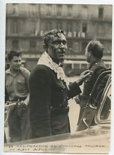 PHOTO KEYSTONE PARIS / MANIFESTATION DU BD. HAUSSMANN UN AGENT BLESSE