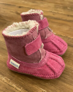 NIB Robeez Infant Girls Soft Soles Galway Cozy Pink Suede Boots  0-6 Months