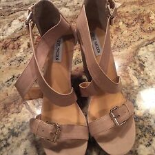 Steve Madden Myrna Womens Beige/Nude Leather Platform Wedges Sandals Shoes 11