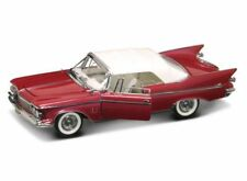 Chrysler Imperial Closed Convertible 1961 Red / White 1:18 Model LUCKY DIE CAST