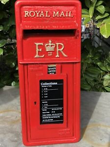 Royal Mail Post Box ER British Post Box Machan Scotland & Cage Chubb Lock 2 Keys