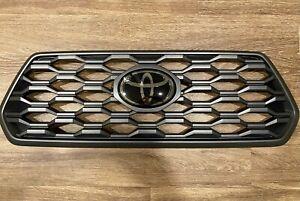 Toyota Tacoma TRD Off-Road Sport OEM Grille w/ Emblem 2020-2021 - Like New