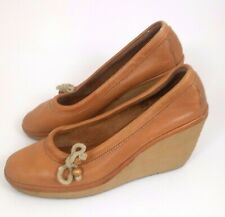 Vtg 70s Women 8.5 Tan Leather Wedge Platform Heel Slip On Round Toe Guc Hippy