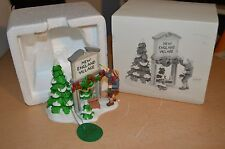 Dept Department 56 New England Village Fresh Paint #56592 Very Good Condition