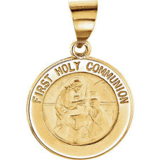 Hollow First Communion Medal In 14K Yellow Gold