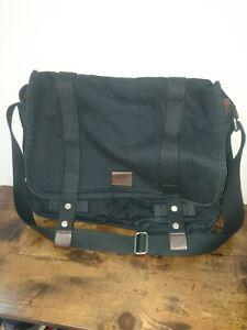 Nike Crossbody Bag. Black/Great Condition/Messenger Style Bag. Nike.