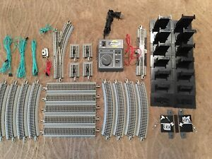 Bachmann E-Z Track & Accessories HO Lot With Athearn SDK-789 Transformer
