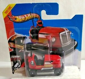 MATTEL HOT WHEELS TRACK STARS HW RACING BUMP AROUND - RED - SEALED BLISTER PACK