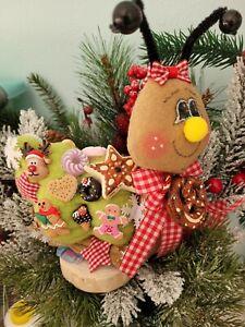 Schnecke mit Süßigkeiten Tilda  Dekoration Handarbeit Weihnachten ca 15x20 cm