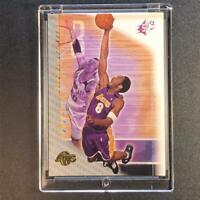 KOBE BRYANT 2000 UPPER DECK SPX #38 HOLOFOIL BASE CARD LAKERS NBA BLACK MAMBA