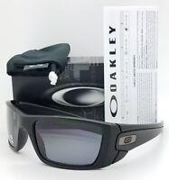 NEW Oakley Sunglasses Fuel Cell Matte Black Grey Polarized 9096-05 AUTHENTIC